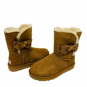NEW UGG Daelynn Winter Boots Chestnut Brown Wool